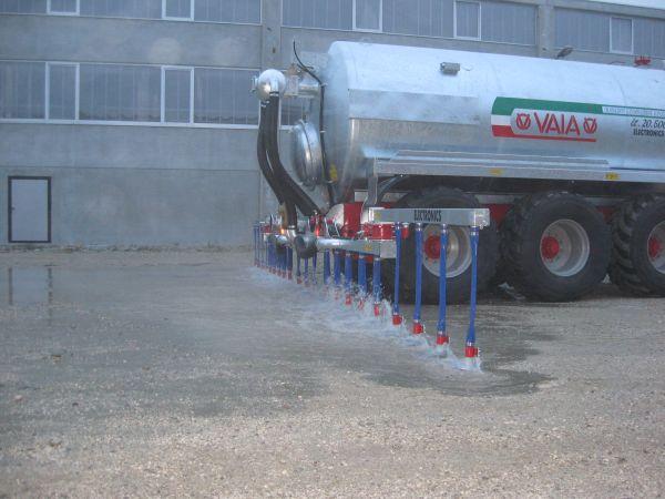 Carrobotte spandiliquame mulino elettrico per cereali for Lochmann rimorchi usati